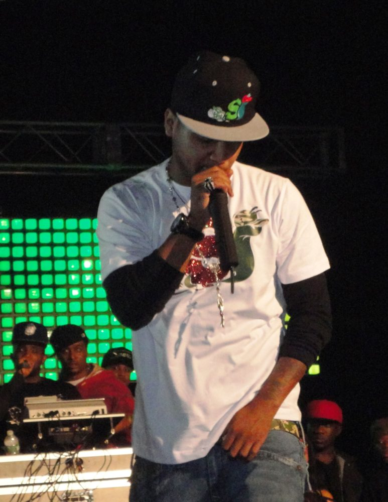 Juelz Santana & Olivia Put On A Classic Show In Queens, NY