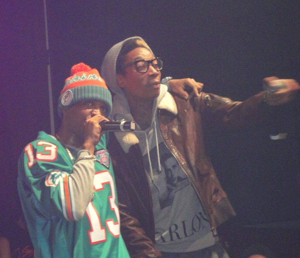 Currensy Performs On One Leg In NYC, Brings Out Wiz Khalifa
