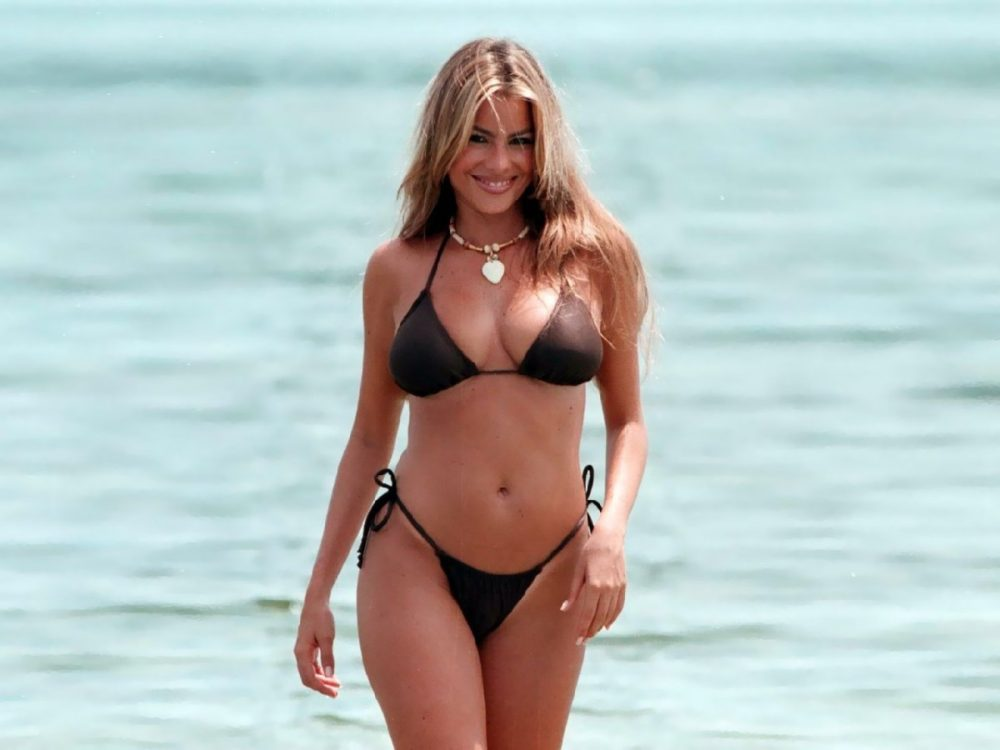 Smokin' Hot Sofia Vergara Is Single Again ?!?