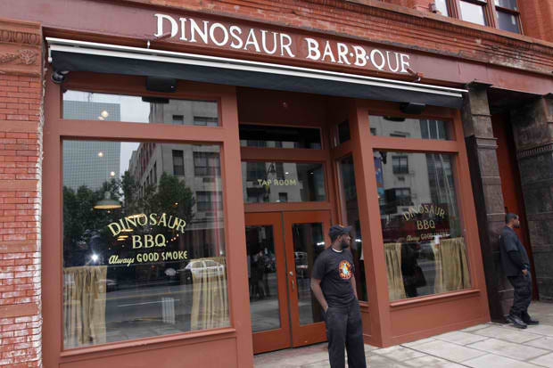 #GFTV Food Review: Dino BBQ In Newark, NJ
