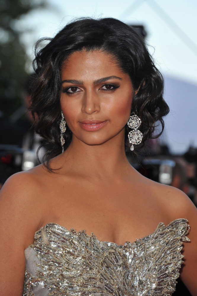 CAMILA ALVES  at Mud Premiere