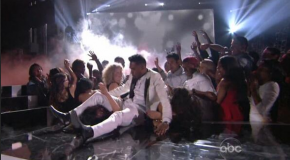 WATCH: Miguel 'Leg-Drops' A Fan During Billboard Awards Performance #GFTV #WTF?!