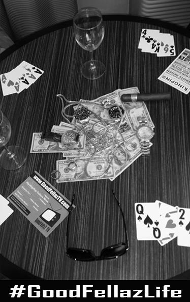 table gfl black n white