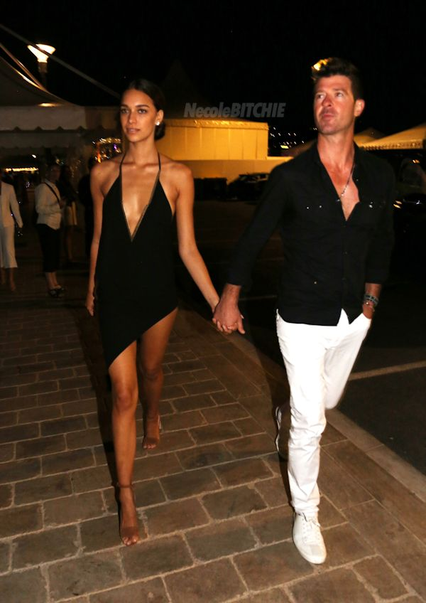 Robin-Thicke-and-girlfriend-April-Love-Geary-in-Cannes-1
