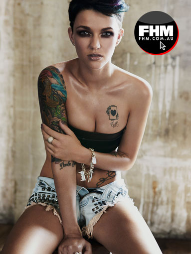 Lesbian-Ruby-Rose-looks-sexy-new-issue-FHM